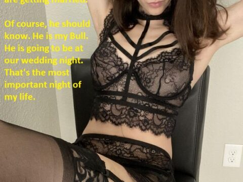 Amateur-French-Hotwife-@sx.alicia-Caption