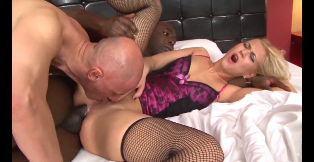 Couple invited Black Stranger to Fuck Wife & to Feed Cum