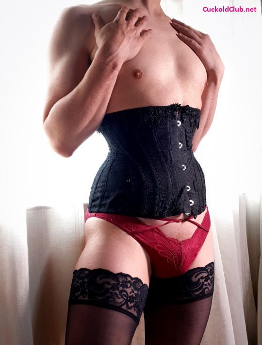 My-Husbands-First-Submissive-Sissy-Experience-Crossdressing